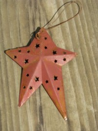 WD1382R - Red Metal Star Ornament