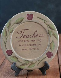 31527A -Teachers who love teaching wood plate