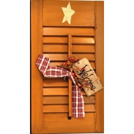 45316N - Wood Shutter Natural  with welcome tag, berries and gingham ribbon