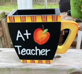 90855Y A+ teacher Yellow wood cup