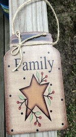 Primitive Decor Family w/berries and star Mason Jar