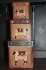 803027 Faith Family Friends sheep nesting boxes set of 3
