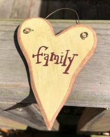 9003FAM - Family  wood Heart cream