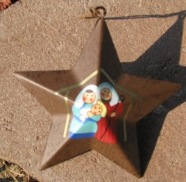 OR232 - metal star - manger scene